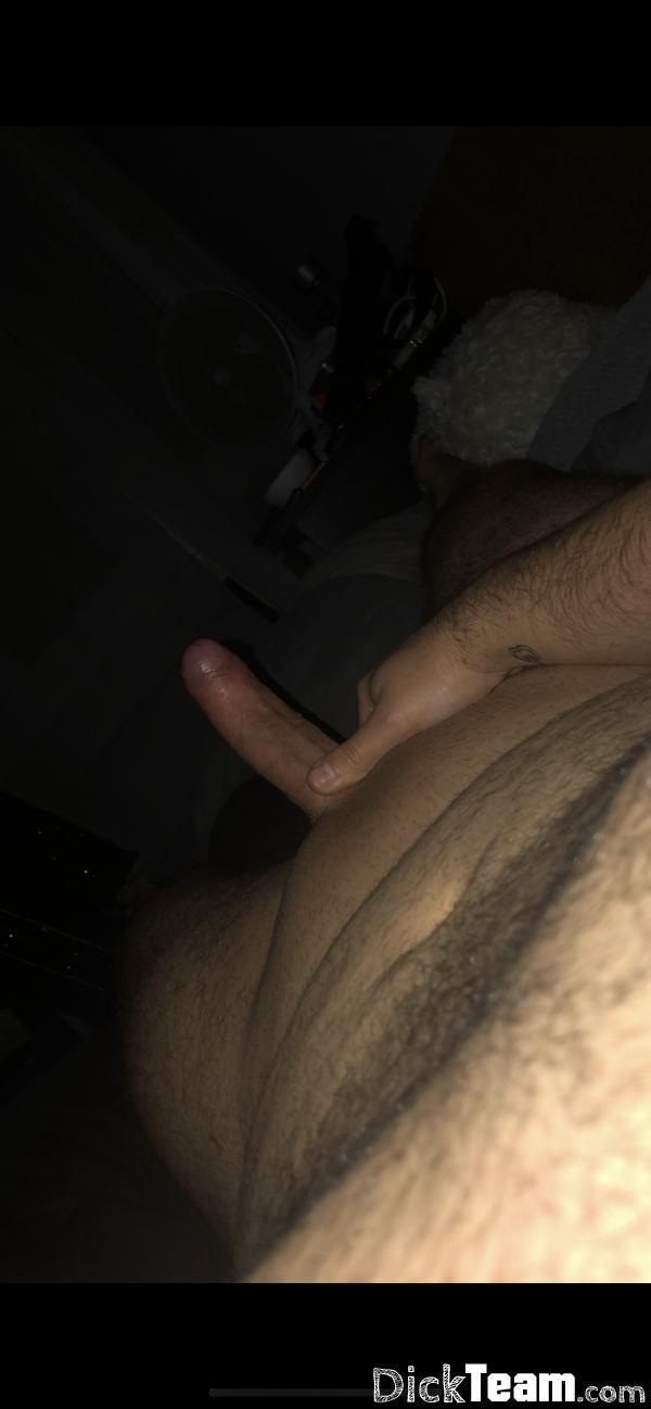 Homme - Hétéro - 26 ans : Plan cul nude pas de prise de tê...