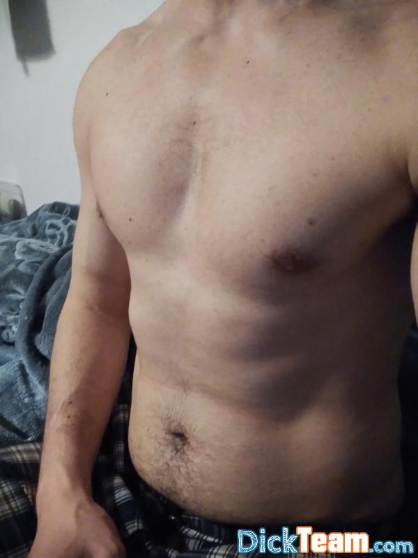 Homme - Bi - 26 ans : Un bel homme pour une belle aven...