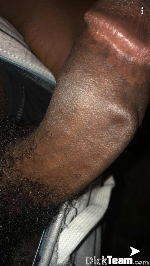 Homme - Hétéro - 18 ans : Je cherche à faire des nudes ou ...