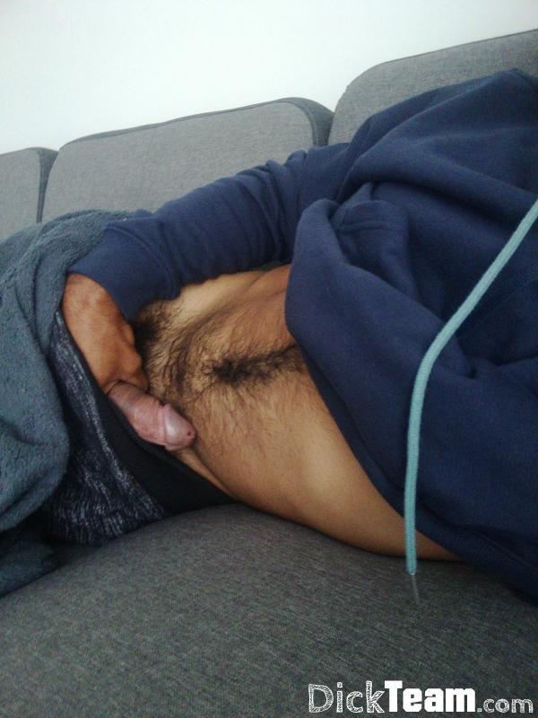 Homme - Bi - 23 ans : Metisse tres chaud : Salut moi c...