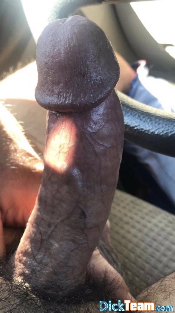 Homme - Gay - 24 ans : Ma grosse queue pour vos petites...