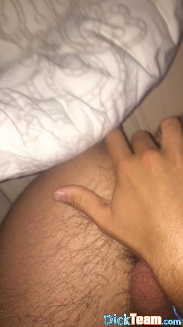Homme - Gay - 20 ans : Plan nude entre mec sur Snapchat