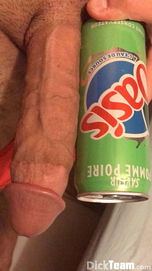 Homme - Hétéro - 29 ans : Grosse queue pour échanges de nu...